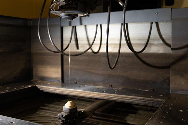 高硬度材が加工できる
